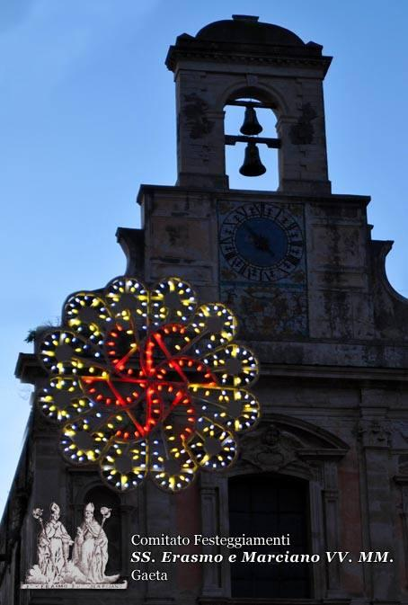 Le luminarie dei festeggiamenti