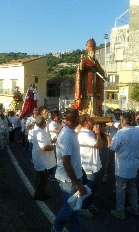 In processione dietro a Sant'Erasmo anche i copatroni di Corbara: la Madonna del Rosario e S. Bartolomeo